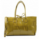 Tom & Eva collection Paris    Tasche in Lederoptik olive
